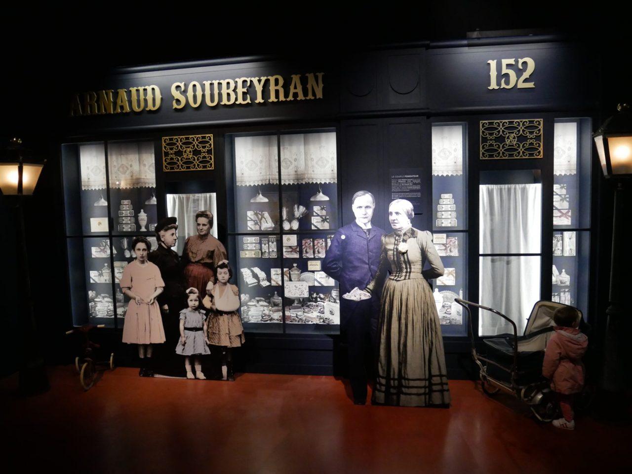 salle du musée les origines du nougat, présentation de la famille