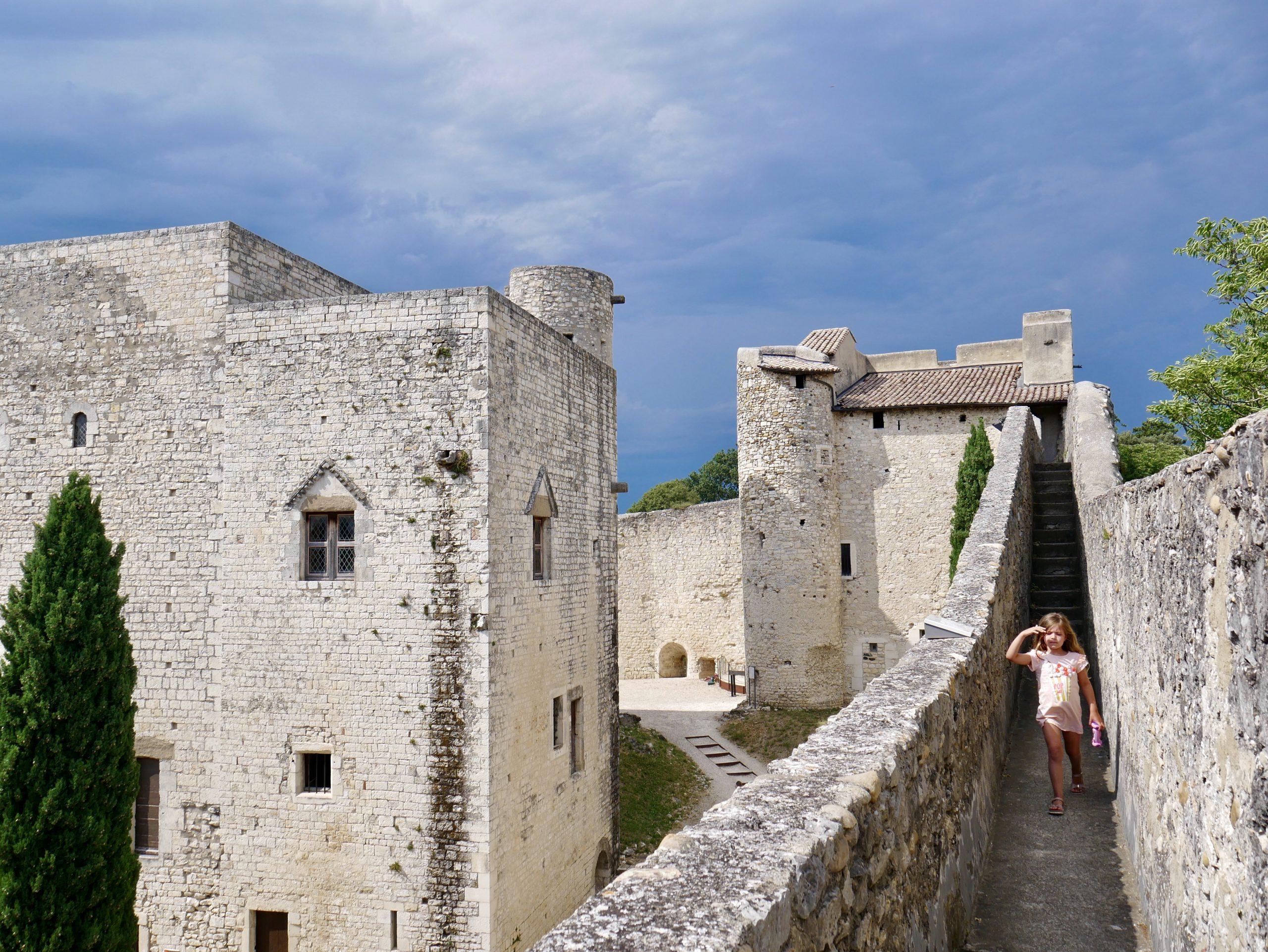 Sortie en famille dans la Drôme : le château de Montélimar