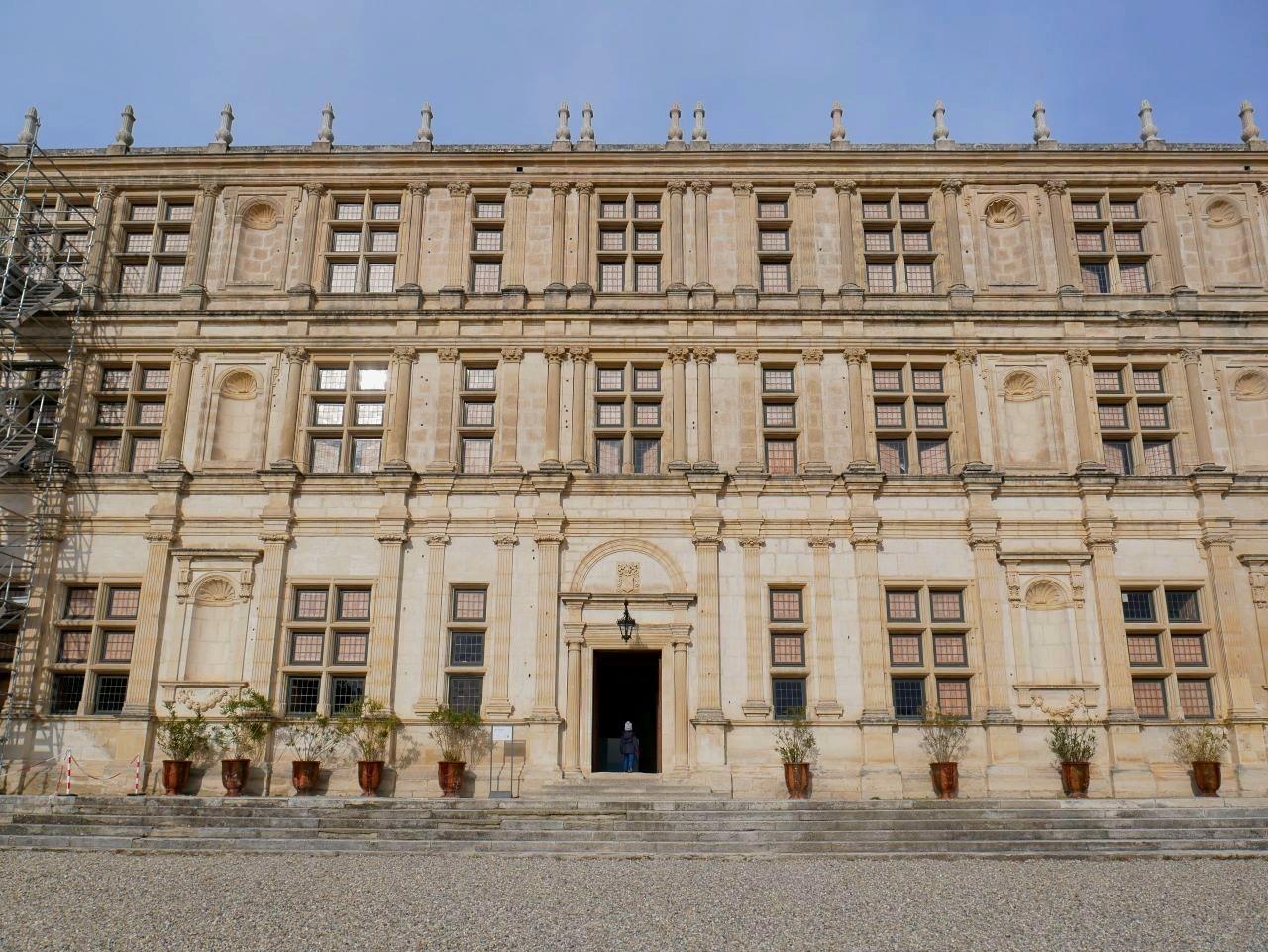 Balade en famille drome, château de Grignan. Sublime façade