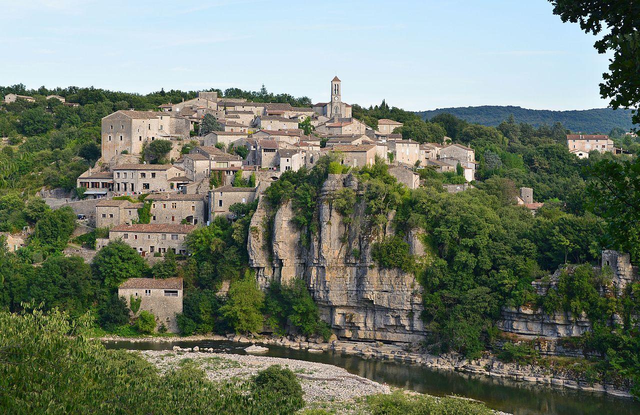 Lieux à découvrir autour de Montélimar : le village de Balazuc