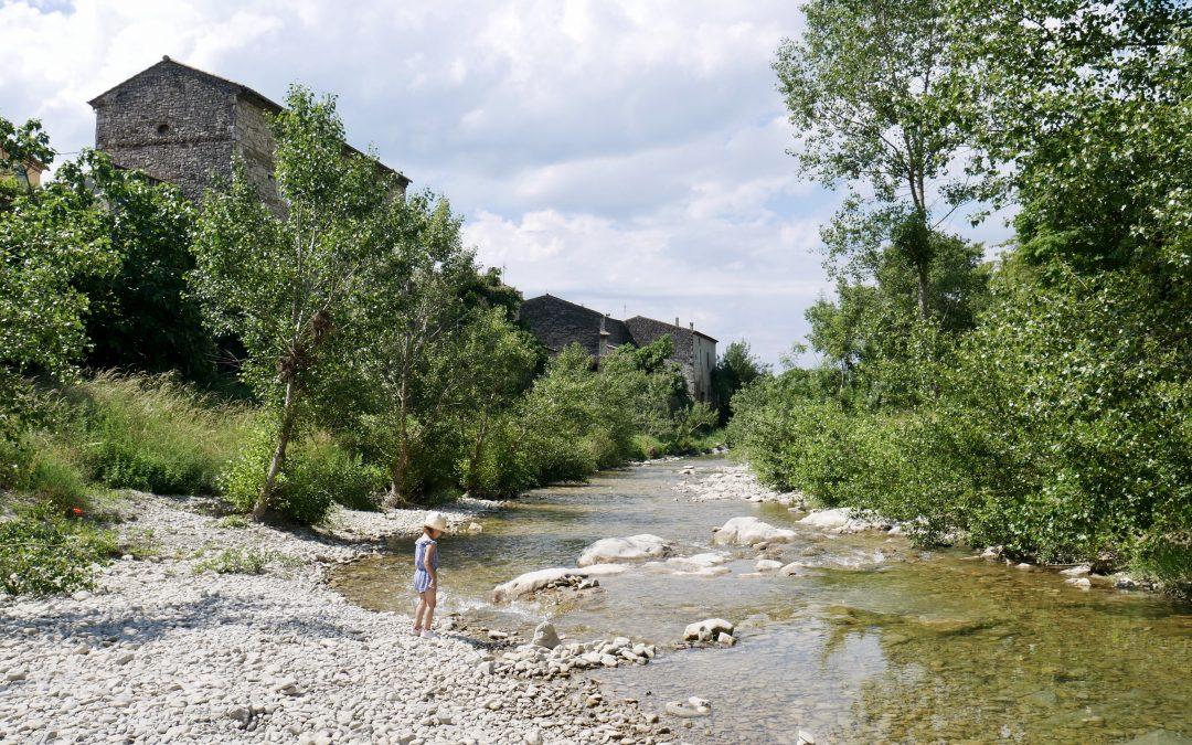 balade drome. Pont de Barret, la rivière Roubion