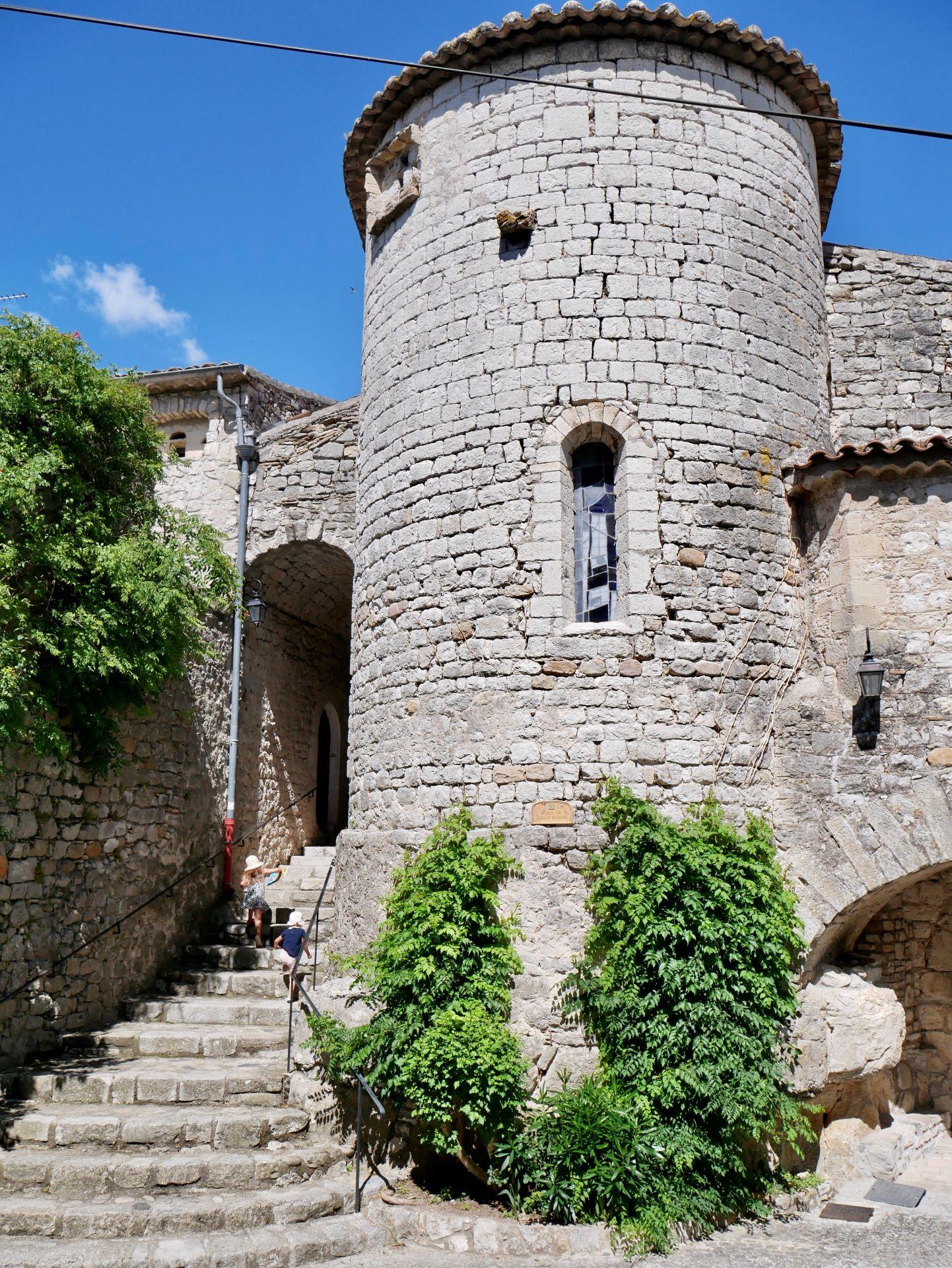 balade en Ardèche : Balazuc, église romane