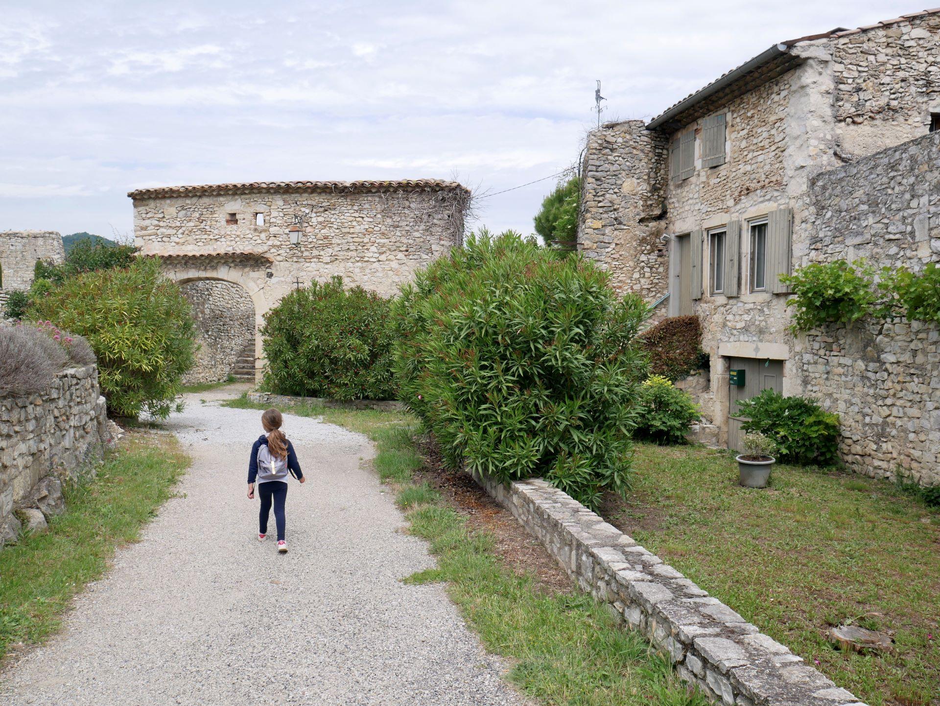 Village de Sauzet dans la Drôme