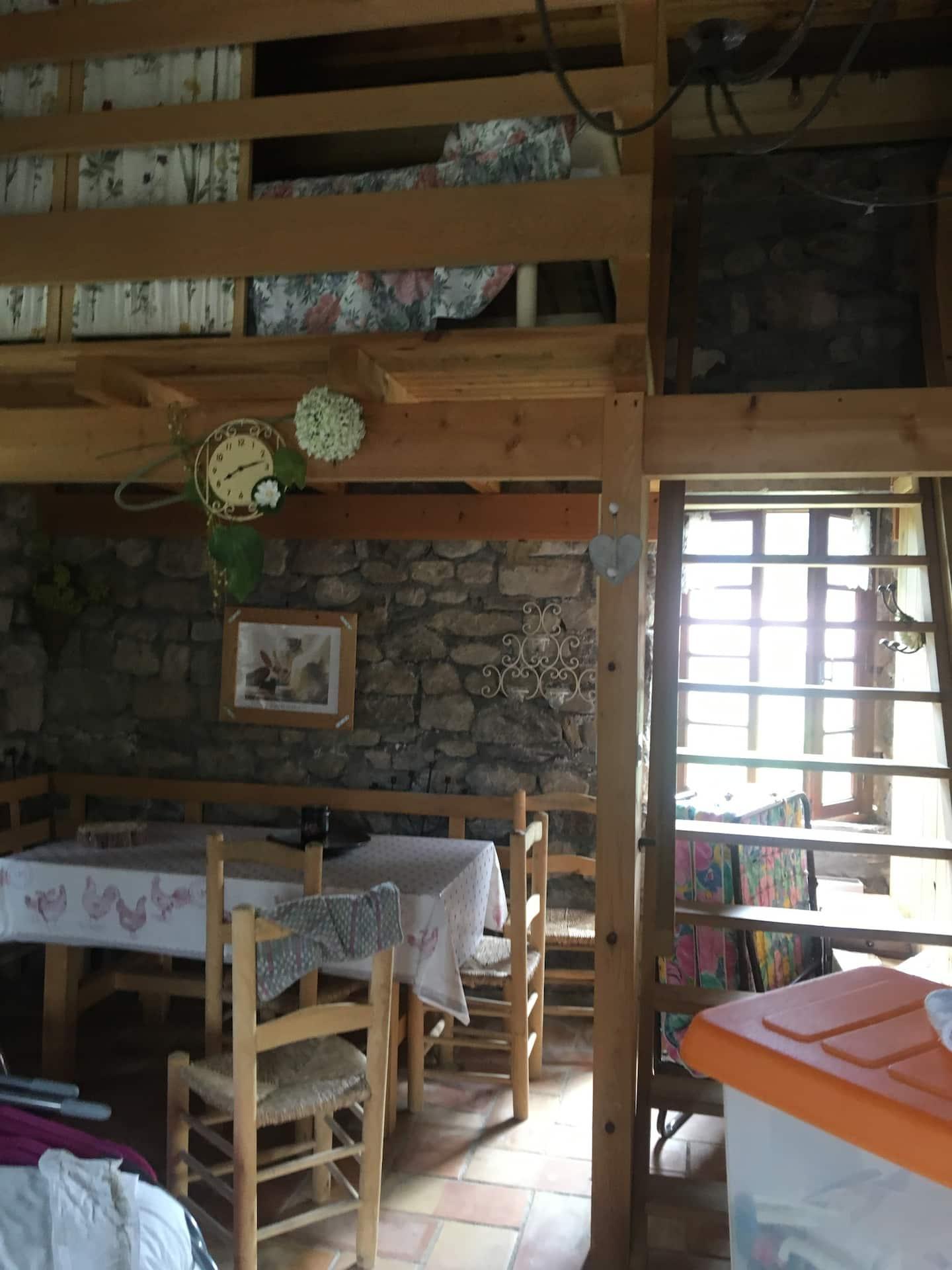 Maison Croix de Bauzon