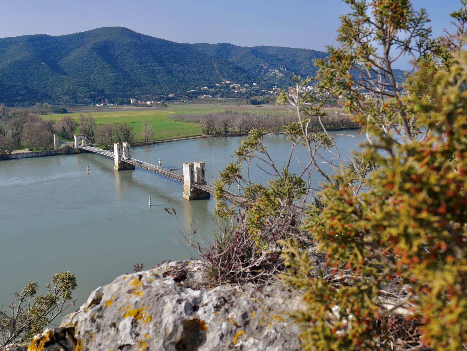 Pont de Donzère depuis les falaises